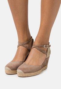 Unisa - CELULA - Platform sandals - funghi - 0