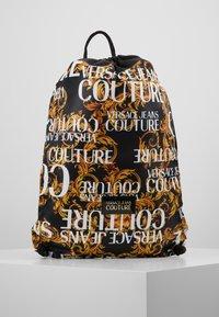 Versace Jeans Couture - LINEA HERITAGE - Rygsække - black/gold - 0