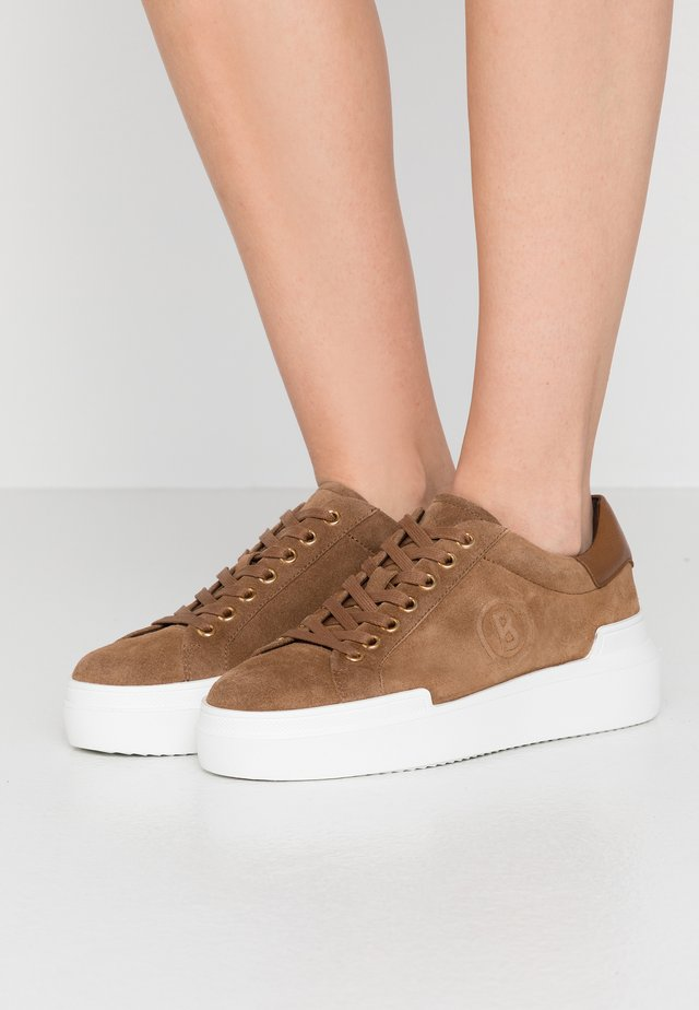 HOLLYWOOD - Sneaker low - taupe