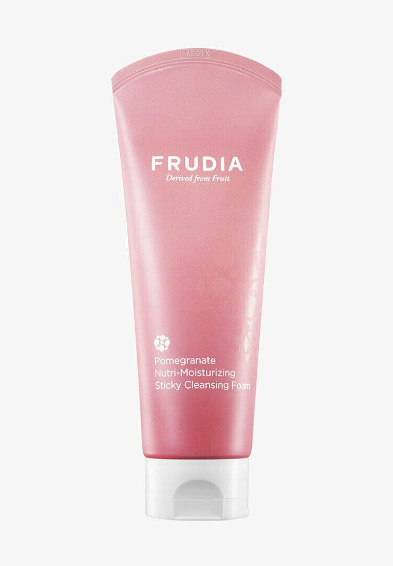 FRUDIA - POMEGRANATE NUTRI-MOISTURIZING STICKY CLEANSING FOAM - NÄHREND-F - Cleanser - -