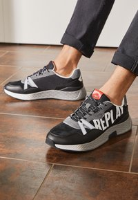 Replay - SPORT LOUD - Trainers - black/white/red - 4