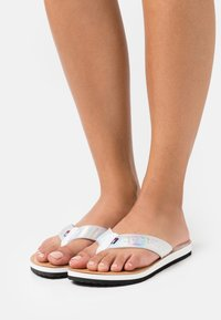 Tommy Jeans - IRIDESCENT BEACH - T-bar sandals - white - 0