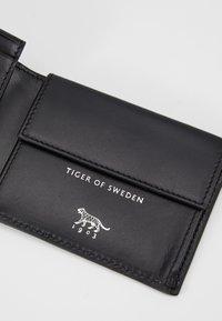 Tiger of Sweden - WAIR C - Geldbörse - black - 2