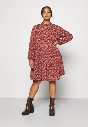 PRINTED TIERED SMOCK DRESS - Kjole - red