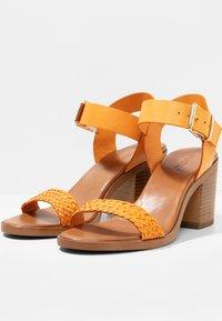 Inuovo - Sandals - orange org - 3