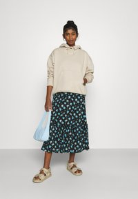 ONLY - ONLPELLA SKIRT - Maxi skirt - black - 1