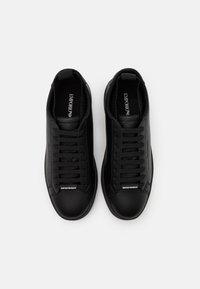 Emporio Armani - Sneakersy niskie - black - 3