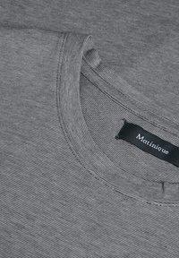 Matinique - JERMANE - Print T-shirt - dark navy - 5