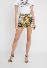 Versace Jeans Couture - Denim shorts - menta - 0
