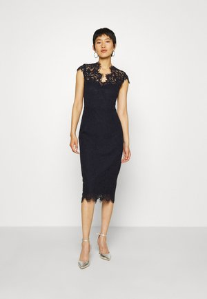 SHIFT DRESS MIDI - Sukienka koktajlowa - navy blue