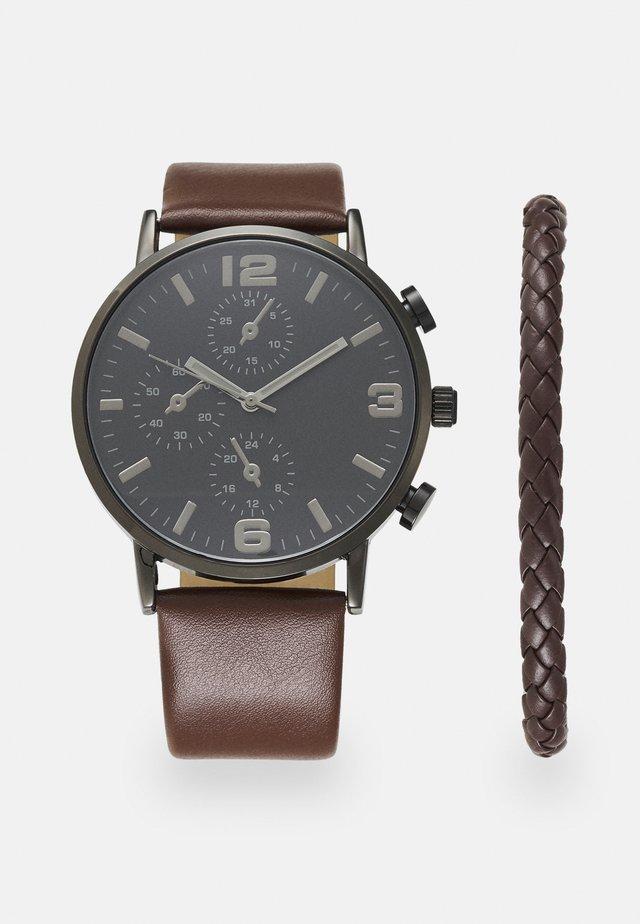 SET - Watch - brown