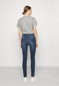 7 for all mankind - ILLUSION ABOVE - Jeans Skinny Fit - mid blue - 2