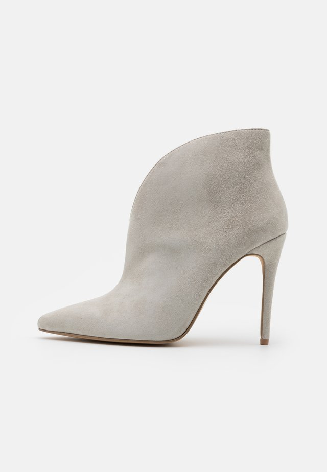ALANI - High heeled ankle boots - grey