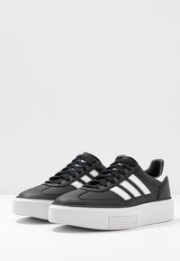 adidas Originals - SLEEK SUPER 72 - Sneakers - core black/footwear white/crystal white - 4