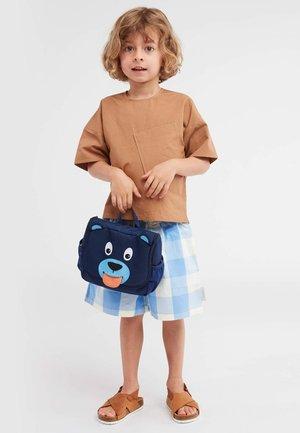 KULTURBEUTEL BÄR   - Handbag - blue