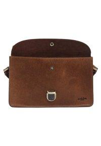Gusti Leder - Handbag - braun - 5