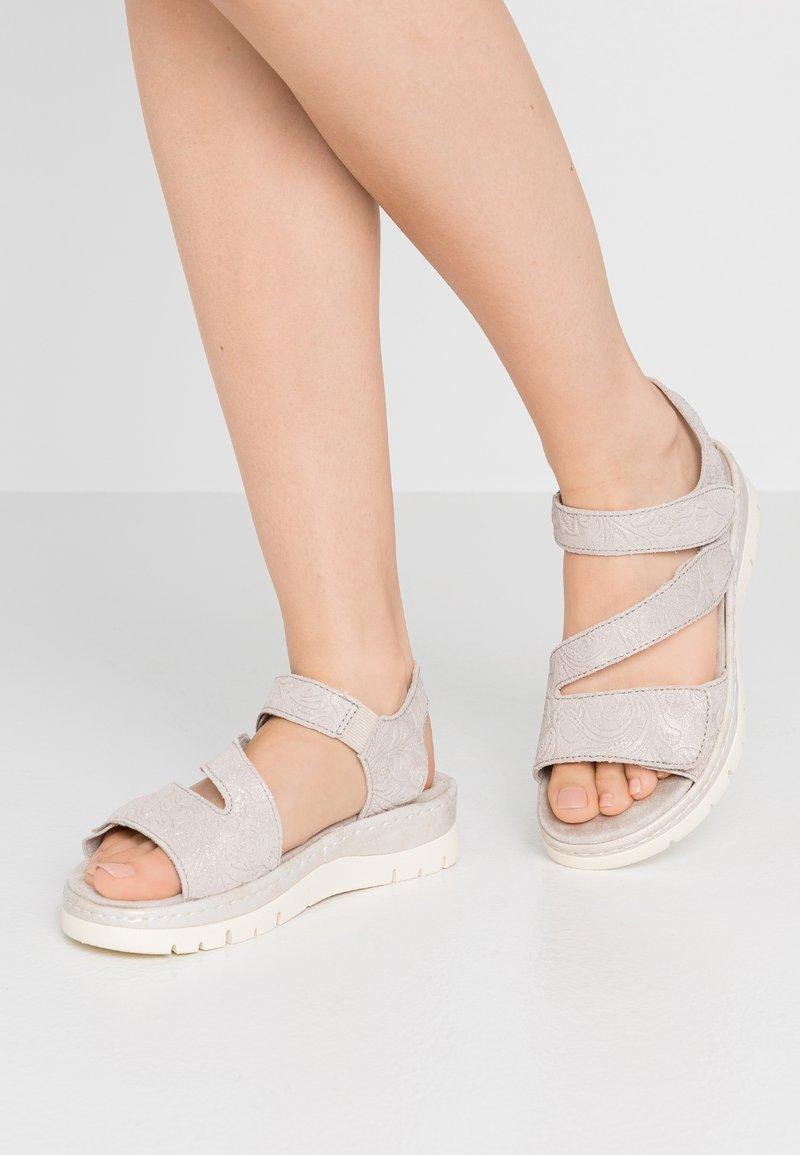 Jana - Platform sandals - pepper/light gold
