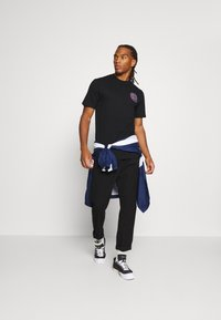 Carhartt WIP - NEON CRAB - Print T-shirt - black - 1