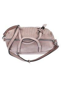 Tamaris - CARMEN - Weekend bag - rosa - 4