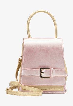 Across body bag - rosa metallic