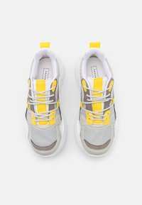 Topshop - CAMMIE CHUNKY TRAINER - Baskets basses - grey - 5