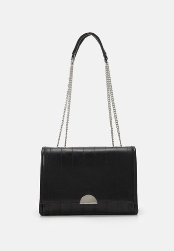 CROSSBODY CHUCK M - Across body bag - black