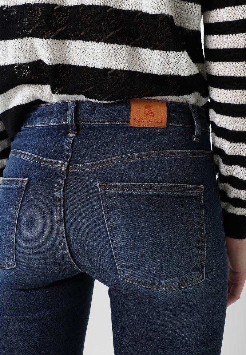 Scalpers Jeans Bootcut - indigo/blau Pz59OZ