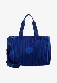 Desigual - DUFFLE BAG PLEATS BLUE - Sports bag - royal - 6