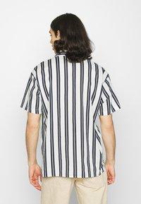 Jack & Jones - JJGREG STRIPE SHIRT - Shirt - white - 2