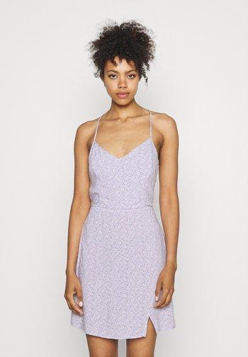 SHORT DRESS - Day dress - lavender