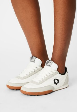 RIERA - Trainers - off white