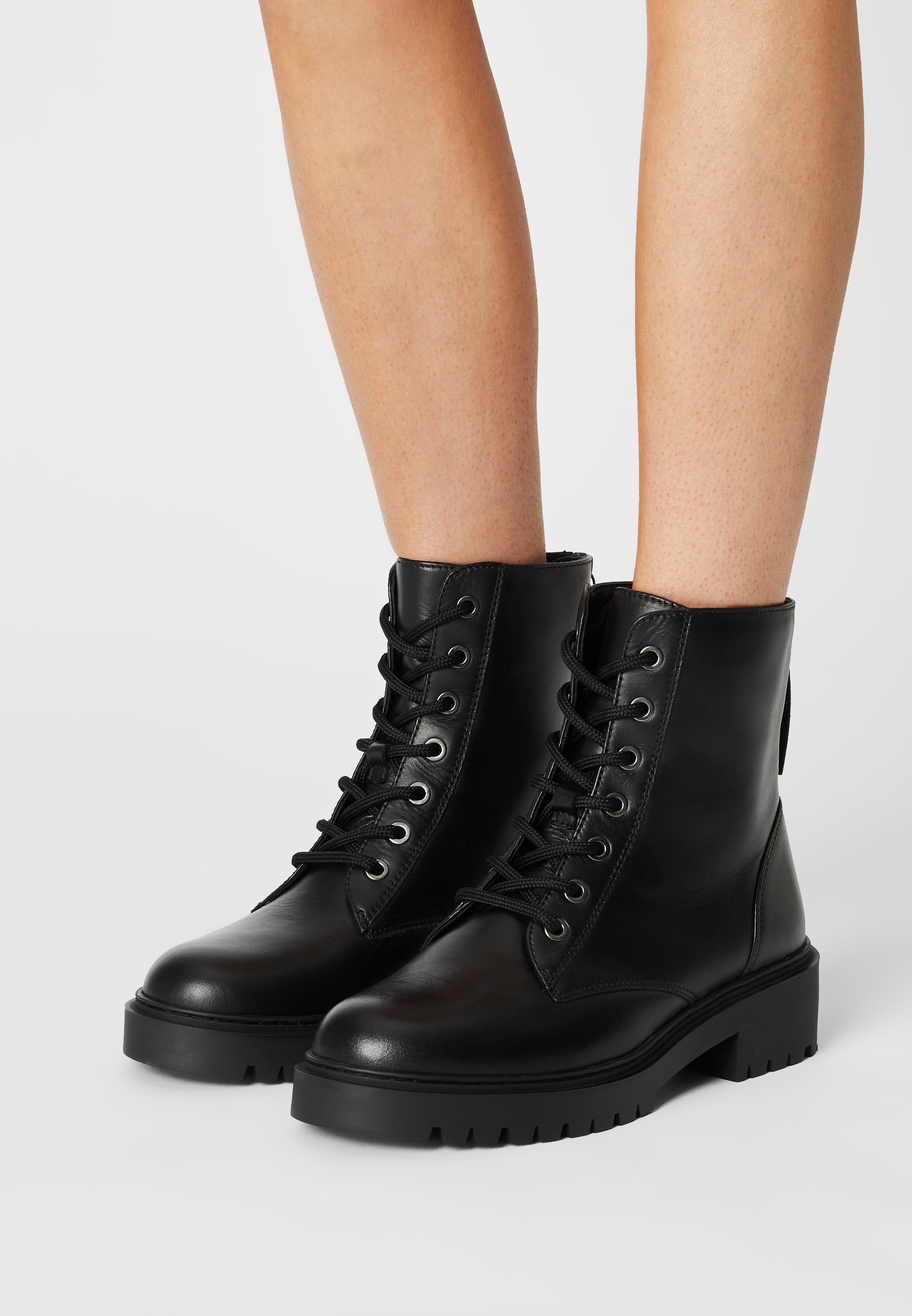 Women GISPER - Lace-up ankle boots