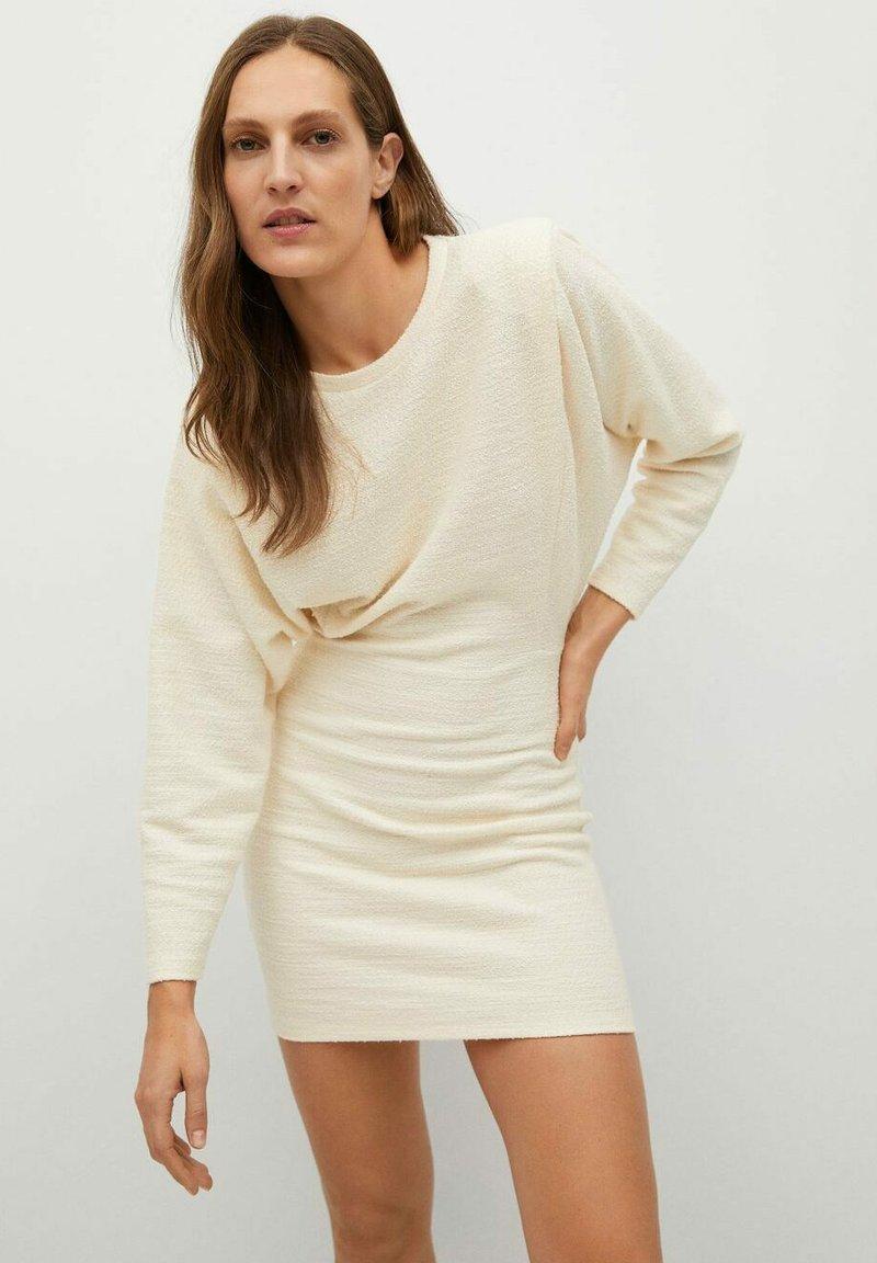 Mango - OPRA - Pouzdrové šaty - ecru
