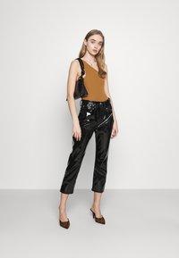 Fashion Union - AMALFI BODY - Topper - tan - 1