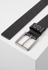 Calvin Klein - SIGNATURE BELT CARDHOLDER SET - Belt - black - 3