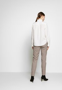 Frame Denim - EASY PLEATED - Pusero - blanc
