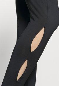 South Beach - KEY HOLE LEGGINGS - Leggings - black - 4