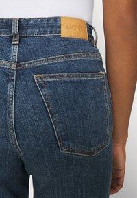 Monki - ZAMI LA LUNE - Straight leg jeans - blue medium dusty - 3