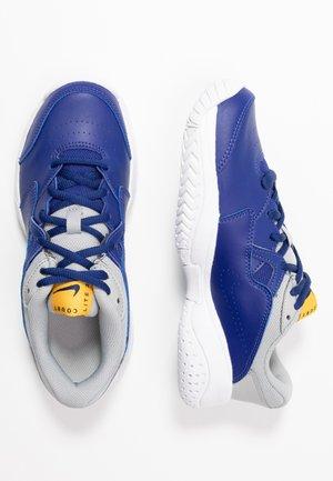 COURT LITE 2 - Multicourt tennis shoes - deep royal blue/coast/light smoke grey