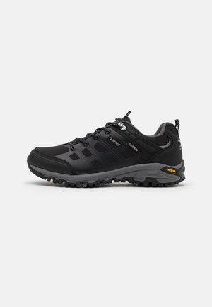 V-LITE VELOCITY LOW WP - Hiking shoes - black/dark grey