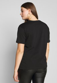 Even&Odd Curvy - T-shirts med print - black - 2