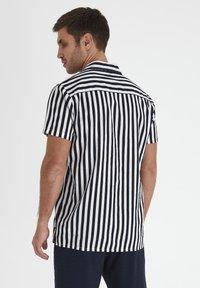 Tailored Originals - Shirt - dark sapphire - 2
