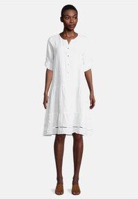Cartoon - Shirt dress - weiß - 0