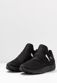ARKK Copenhagen - RAVEN VIBRAM - Trainers - black/white - 2