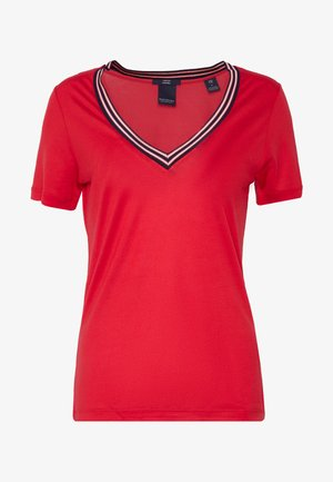 V NECK TEE WITH STRIPED DETAIL - Triko s potiskem - red clash