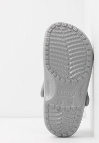 Crocs - CLASSIC GLITTER  - Ciabattine - silver - 6