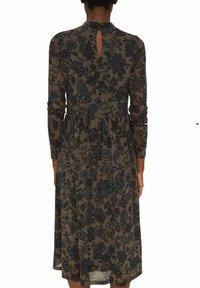 Esprit Collection - AUSGESTELLTES  - Day dress - dark brown - 7