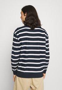 Newport Bay Sailing Club - BOLD HORIZONTAL STRIPE - Sweatshirt - navy/white - 2
