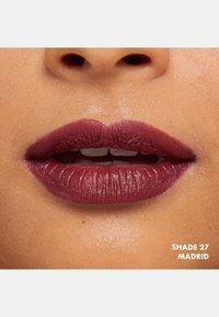 Nyx Professional Makeup - SOFT MATTE LIP CREAM - Liquid lipstick - 27 madrid - 2