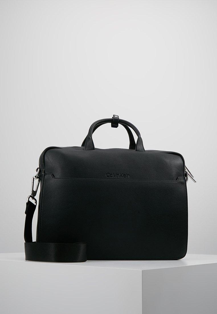 Calvin Klein - Taška na laptop - black